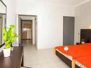 2 Bedroom Apartment with Veranda - Laganas vacation rentals