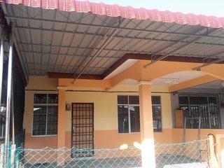 Zaida Homestay Changlun - Whole house 2 - Changloon vacation rentals