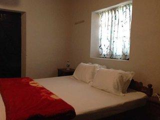 Comfortable Chithirapuram vacation Bungalow with Parking - Chithirapuram vacation rentals