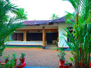 Beautiful 2 bedroom Kuttanad House with Internet Access - Kuttanad vacation rentals