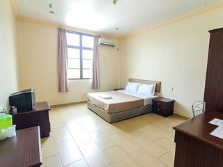 Hotel Wangsamas - Deluxe Single Bed - Tampin vacation rentals