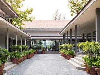Century Langkasuka Resort - Partial Seaview - Padang Mat Sirat vacation rentals