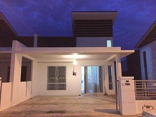Sinaran Jitra Homestay (Guest house for muslim) - Jitra vacation rentals