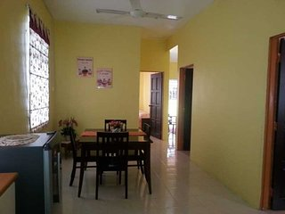 Vintage Homestay Taman Tengku Maheran Jitra Kedah - Jitra vacation rentals
