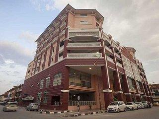 Hotel Seri Malaysia Kepala Batas - Standard Twin - Kepala Batas vacation rentals