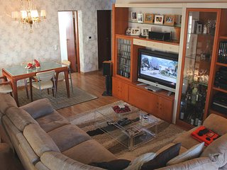 Nice House with Internet Access and Satellite Or Cable TV - Almada vacation rentals