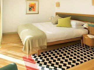 1 Bedroom deluxe garden house w/bunk bed in Sagres - Sagres vacation rentals