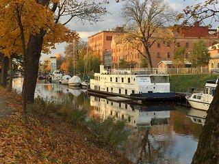 Mysigt vandrarhem på båten Selma i Uppsala - Uppsala vacation rentals