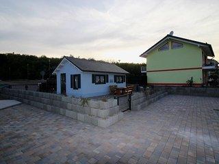 "Ferienhaus ""Seeblick"" (Marina Mücheln) - Braunsbedra vacation rentals"