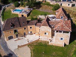 Grande maison de charme avec vue - Lacave vacation rentals