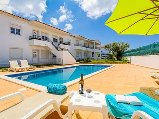 RC-Pata Residence! Apartment J in Albufeira 5 min Falesia beach - Olhos de Agua vacation rentals