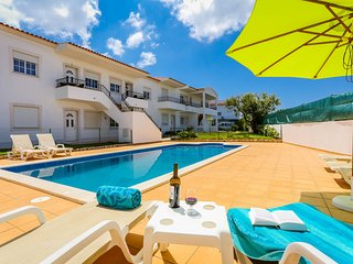 RC-Pata Residence! Apartment B in Albufeira 5 min Falesia beach - Olhos de Agua vacation rentals