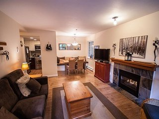Stoney Creek Northstar 74 - One bedroom condo with pool and hot tub access - Whistler vacation rentals