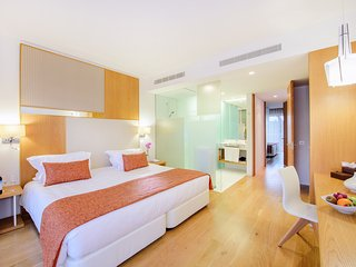2 Bedroom grand del. villa w/ bunk bed in Cascais - Cascais vacation rentals