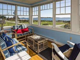 5BR, 2.5BA Introducing Sage Cottage- Classic New England Ocean Point House - East Boothbay vacation rentals