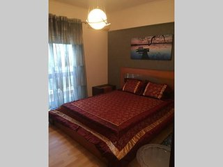 Fully Equipped 2 bedroom Apartment - Amadora vacation rentals
