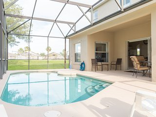 6 beds, 3 ½ baths in Cumbriam Lakes Resort 4826CL - Kissimmee vacation rentals