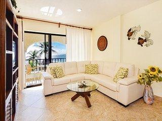 Oceanfront with pool 2 bedroom in Xaman Ha (Xh7114) - Playa del Carmen vacation rentals