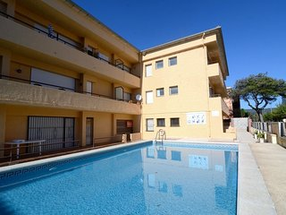 Cozy Condo with Washing Machine and Shared Outdoor Pool - L'Estartit vacation rentals