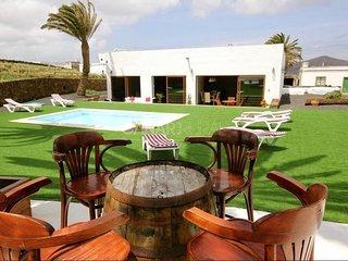 Charming Country house Tinajo, Lanzarote - Tinajo vacation rentals