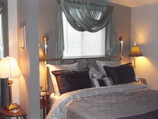 Grace Hideaway on 217 beautiful private acres - Murphys vacation rentals