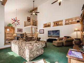 Canyon Retreat Spacious, 4 bd 4 bth Cottonwood condo NEW $15K HOT TUB - Cottonwood Heights vacation rentals