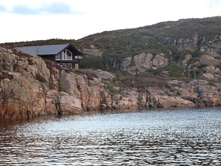 Wunderfull cottage by the sea.  Austefjordtunet 12 - Bergen vacation rentals