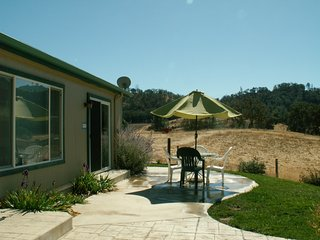 Close to SLO, Cal Poly, Beaches, Free Wine Tasting - Santa Margarita vacation rentals