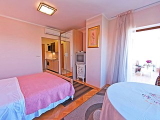 Villa Ana Apartment no. 4 - rose - Zaton vacation rentals