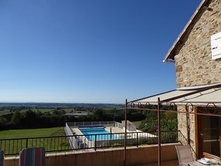 Sunny 2 bedroom Monesties Gite with Internet Access - Monesties vacation rentals
