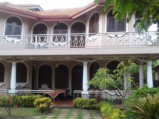 Nice 3 bedroom Bed and Breakfast in Aluthgama - Aluthgama vacation rentals