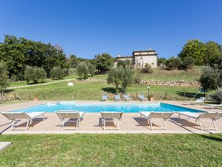 8 bedroom House with Internet Access in Penna in Teverina - Penna in Teverina vacation rentals