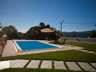 Bright Townhouse with Internet Access and Central Heating - Besozzo vacation rentals