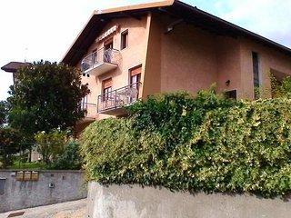 Casa Mami per 8 persone vista monti e lago d'Iseo - Costa Volpino vacation rentals