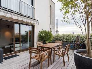 2 bedroom apartment of 65m2 + 40m2 terrace - La Tour-du-Pin vacation rentals