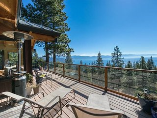 NEW LISTING - Gorgeous Panoramic Lake Views at this Fully Remodeled 3 BR - Tahoe Vista vacation rentals