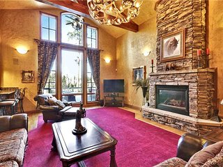 25% OFF Jan-Feb - Indoor Pool, private hot tub, pool table. - Breckenridge vacation rentals