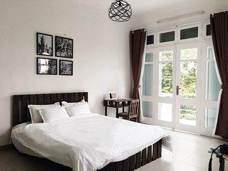 Deluxe Lake View Suite - Hanoi Westlake Homestay - Hanoi vacation rentals