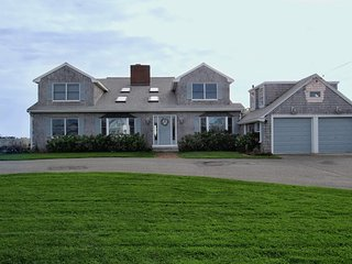 Nice House with Deck and Internet Access - East Falmouth vacation rentals