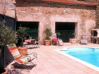Cruzy, French gites with pool, South France - Cruzy vacation rentals