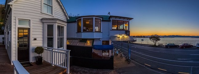 The Pilot House - Nelson Waterfront Holiday Home - Nelson vacation rentals