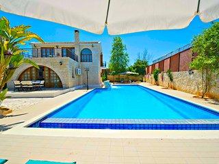 Oustanding Villa - Huge Pool -Childrens Playground - Argaka vacation rentals