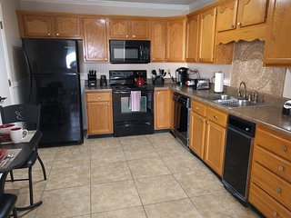 2-bedroom condo w King, swim/tennis community - Calhoun vacation rentals