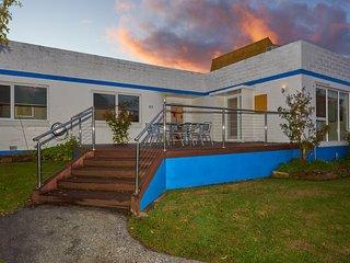 Vacation rentals in Bridport