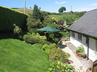 1 bedroom Cottage with Washing Machine in Llanfair Talhaiarn - Llanfair Talhaiarn vacation rentals