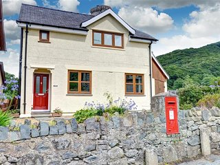 2 bedroom Cottage with Internet Access in Abergwyngregyn - Abergwyngregyn vacation rentals