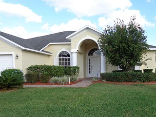 LUXURY: 2 MASTER SUITES, POOL, GAME ROOM, GAS BBQ - Davenport vacation rentals