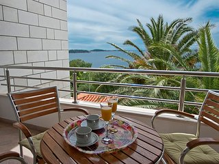 Apt 3 in Luxurious Seaview Pool Villa sleeps 2+2 - Plat vacation rentals