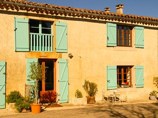 Comfortable Gite with Internet Access and Television - Bram vacation rentals