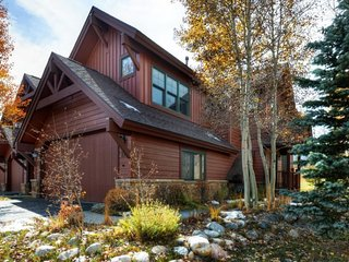 Cozy House with Deck and Internet Access - Breckenridge vacation rentals